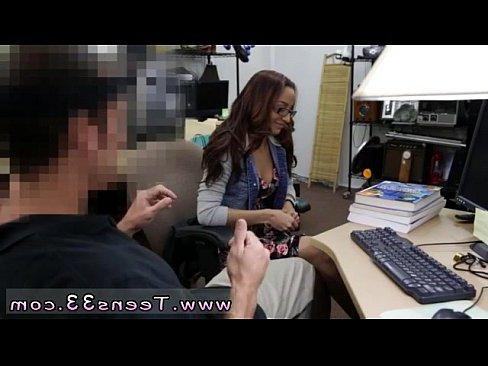 порно пьяным бабам насильно кончают в рот