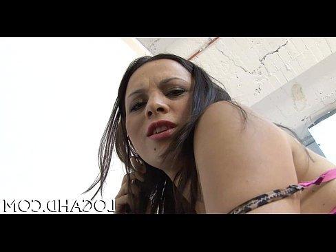 порно видео показывает вагину