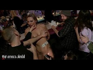 порно блондинки первый анал