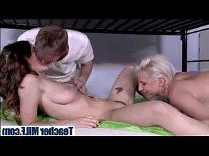 семейную пару ебет транс онлайн